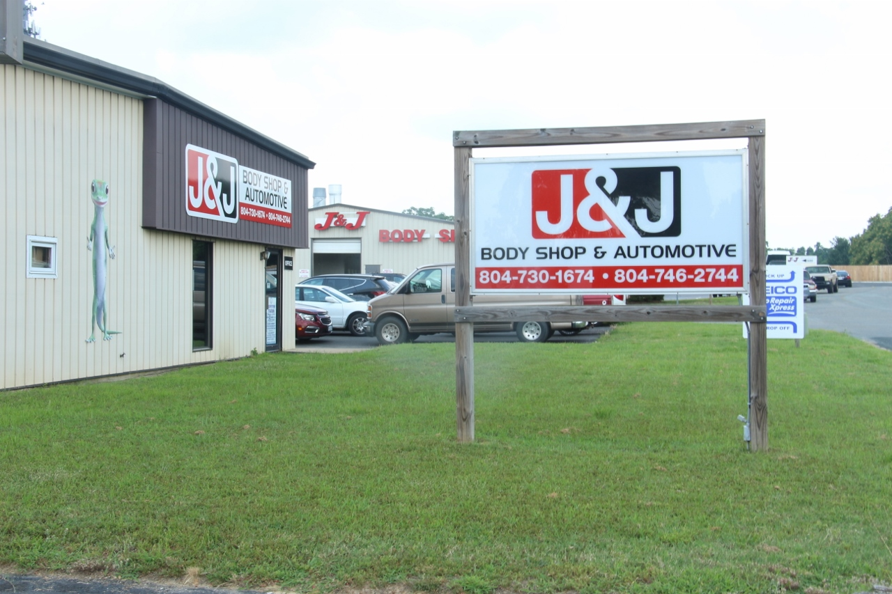 J & J BODY SHOP and AUTOMOTIVE providing excellent customer service and the highest quality auto body and collision repair and mechanical service in Mechanicsville, VA since 1970.