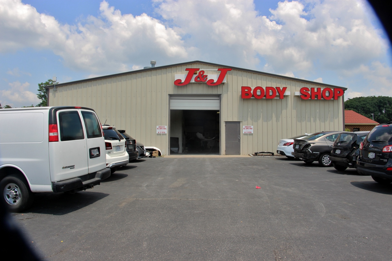 J&J BODY SHOP has  the latest equipment and trained technicians for expert painting and body repairs.  Our shop's computerized frame and unibody measuring and alignment equipment by the best in the industry.